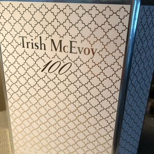 NEW in Box Trish McEvoy 100